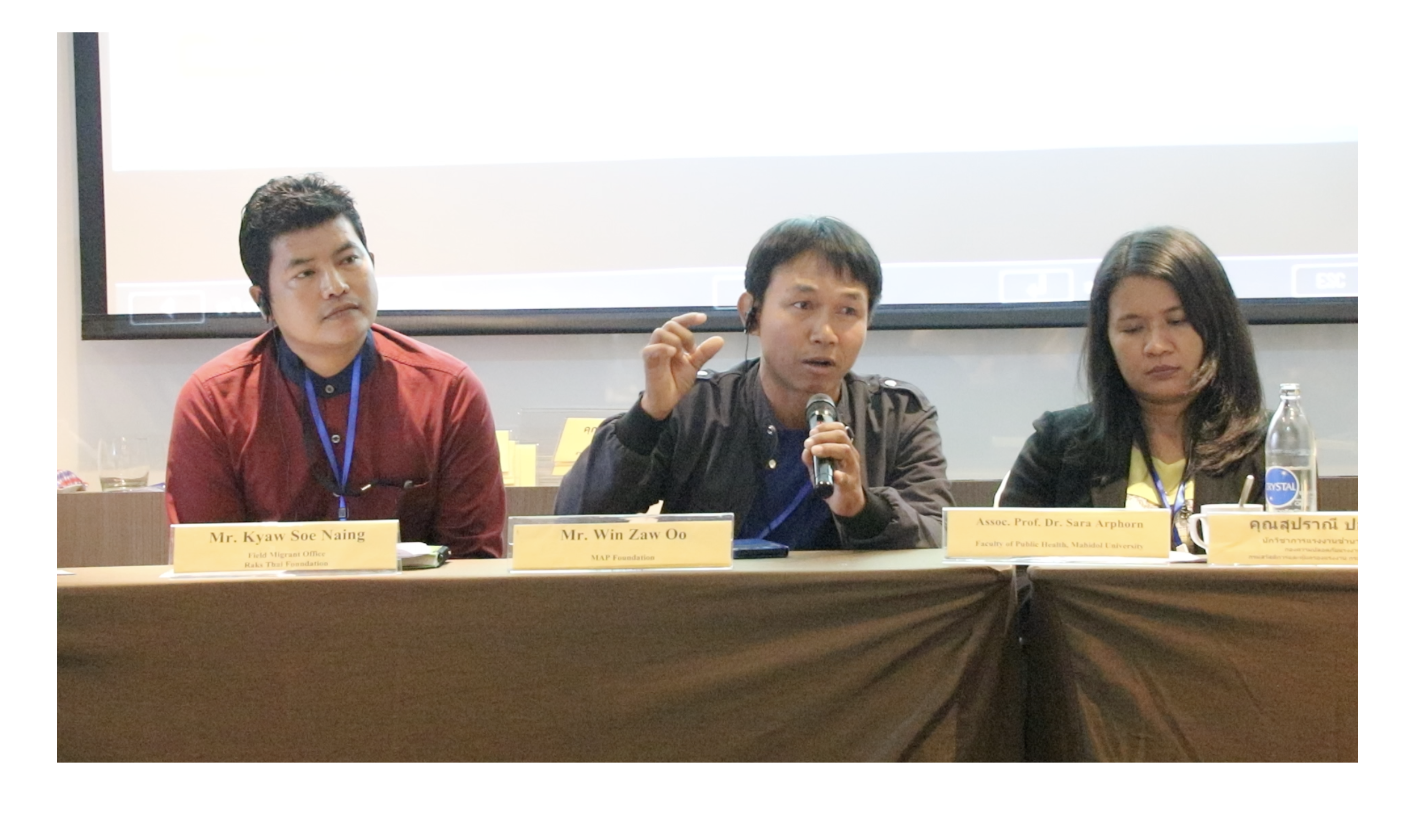 A migrant agricultural worker speaks at a panel at the Multi-Stakeholder Workshop on Migrant Agricultural Workers in Thailand, December 2019, Bangkok, Thailand
